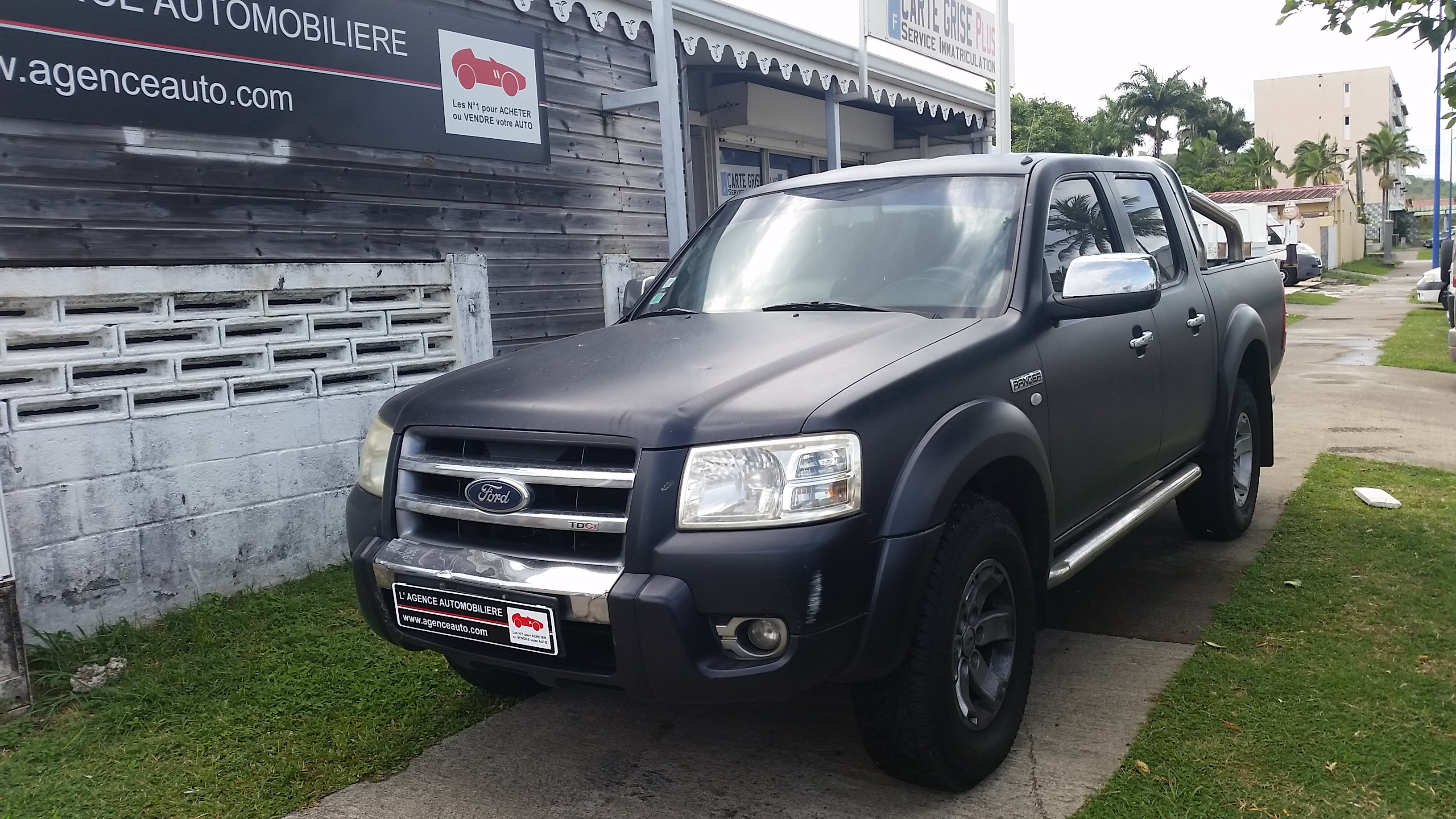 ford ranger 3 0 tdci 156 xlt limited double cabine 4x4 bva occasion martinique pas cher voiture. Black Bedroom Furniture Sets. Home Design Ideas