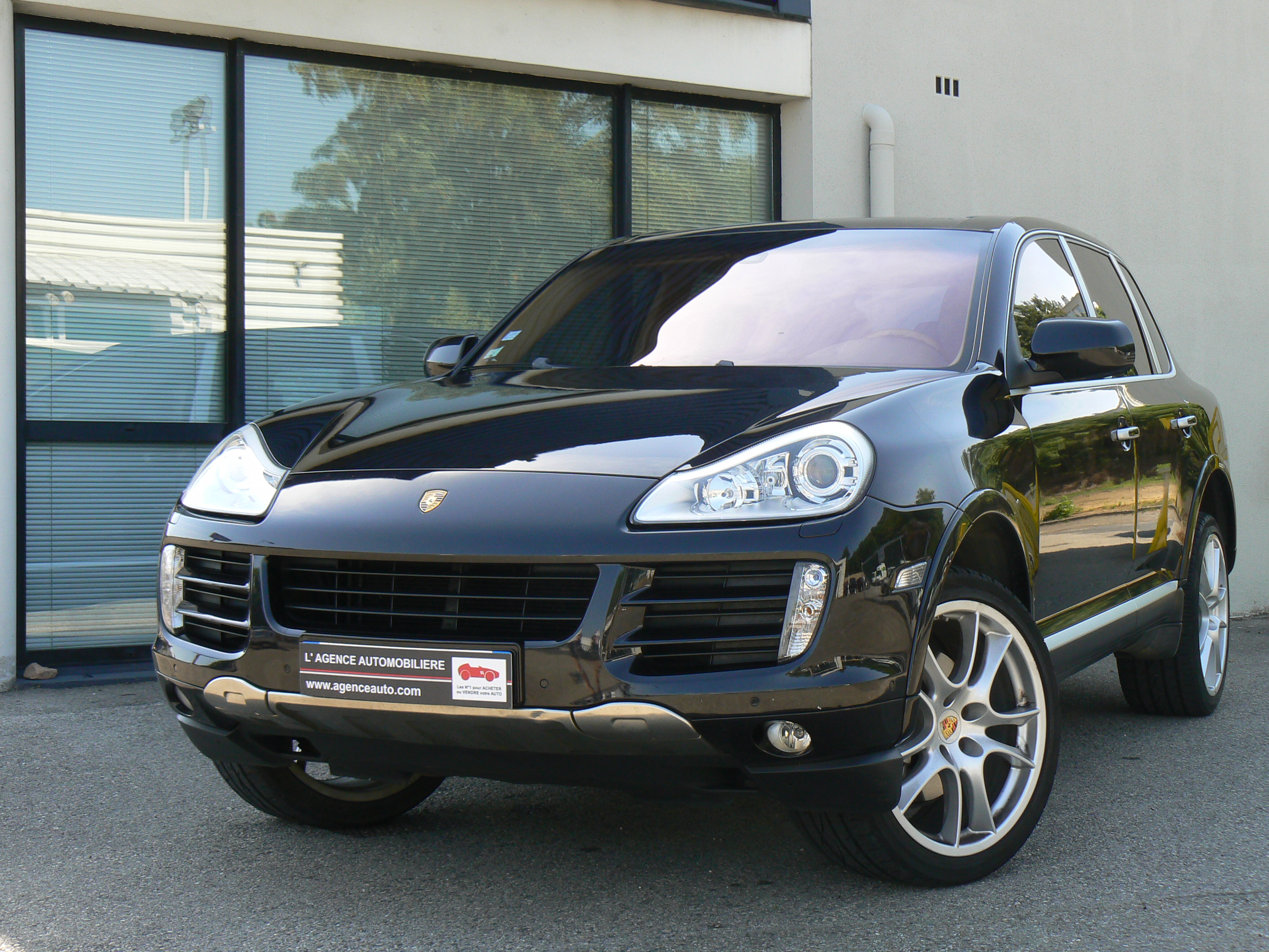 porsche cayenne 4 8 v8 385 s tiptronic s occasion bourg en bresse pas cher voiture occasion ain. Black Bedroom Furniture Sets. Home Design Ideas