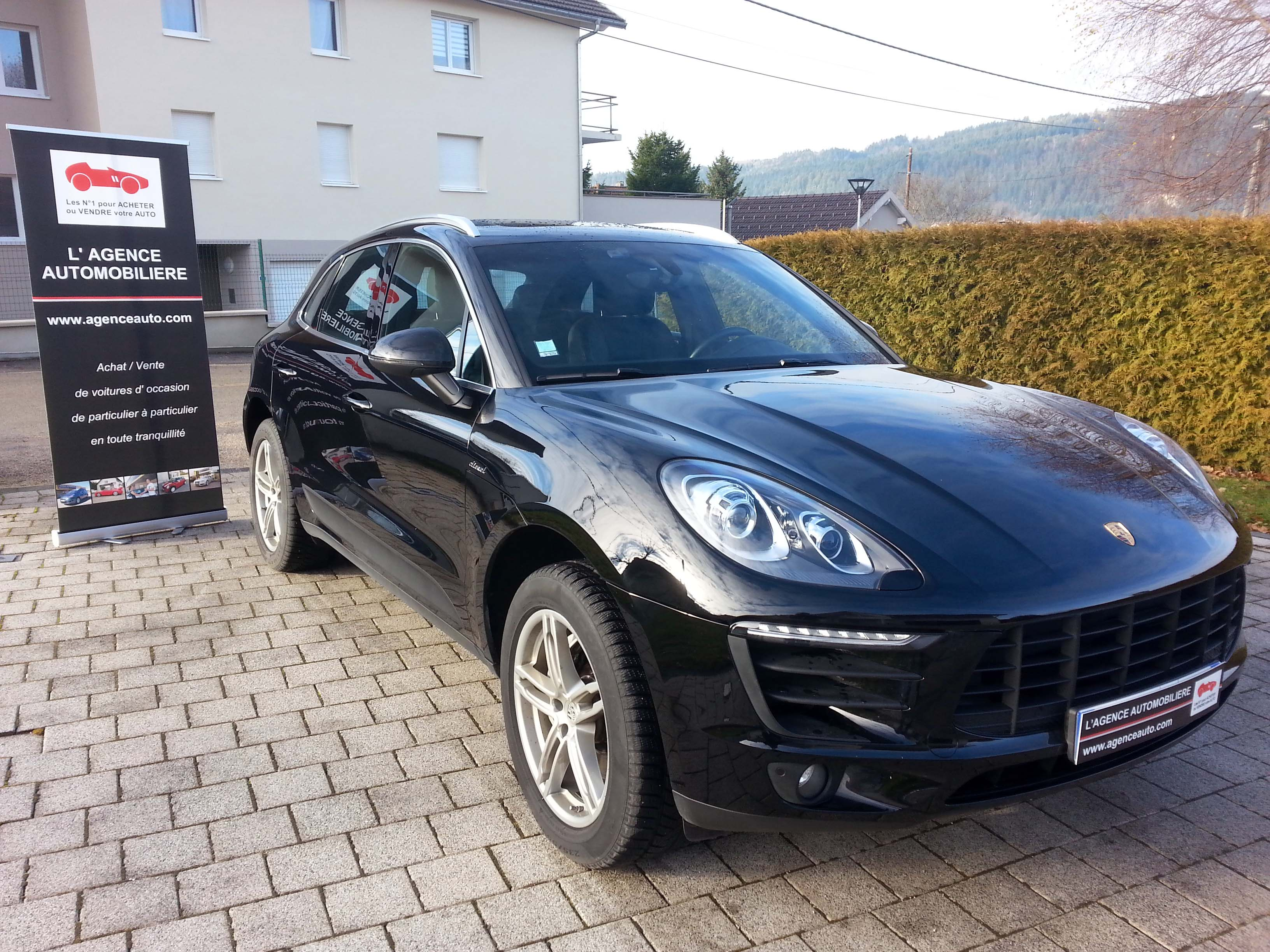 porsche macan 3 0 v6 tdi 258 cv occasion montbeliard pas cher voiture occasion doubs 25400. Black Bedroom Furniture Sets. Home Design Ideas