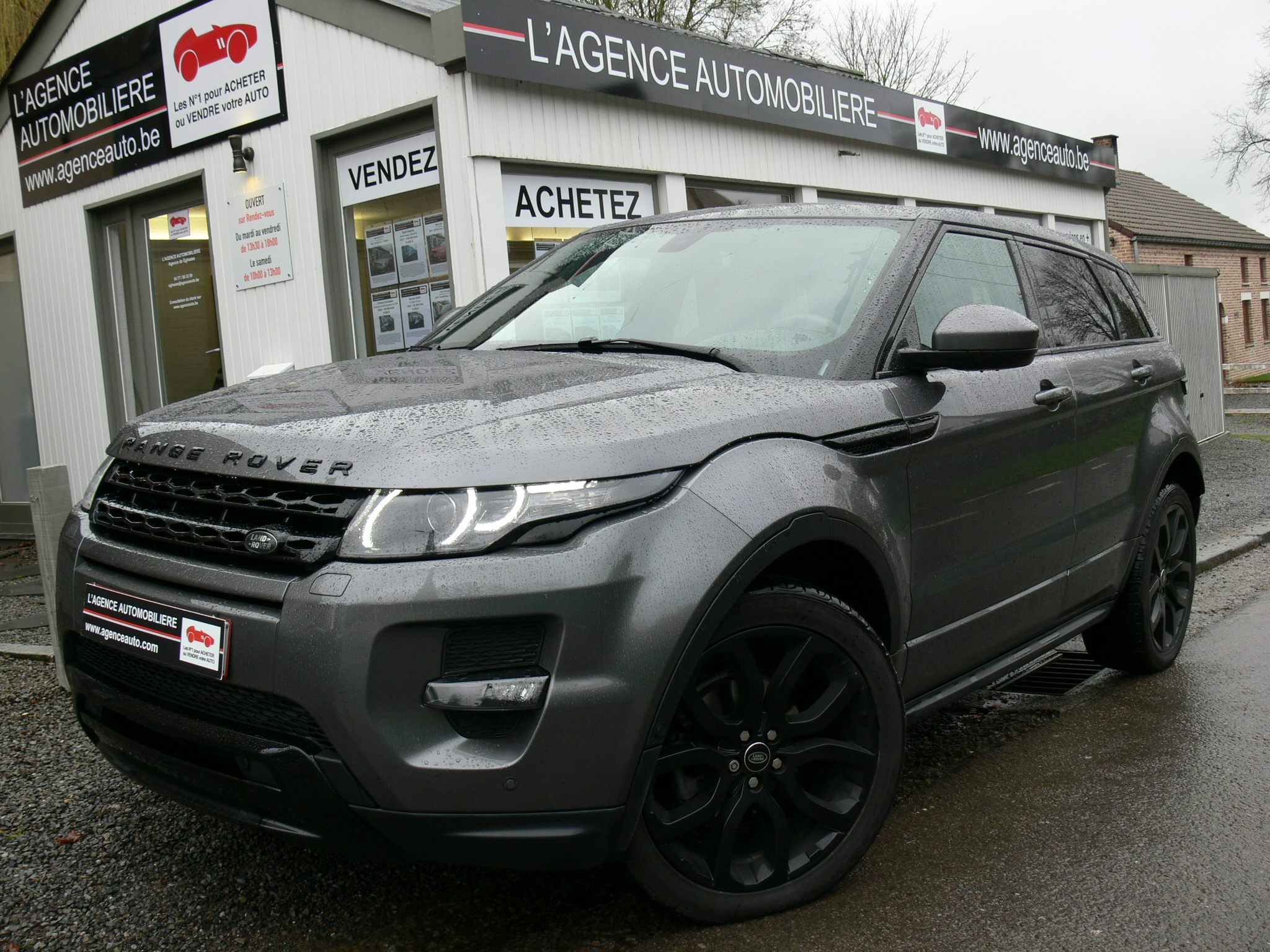 land rover evoque 2 2 td4 4wd dynamic black edition auto. Black Bedroom Furniture Sets. Home Design Ideas