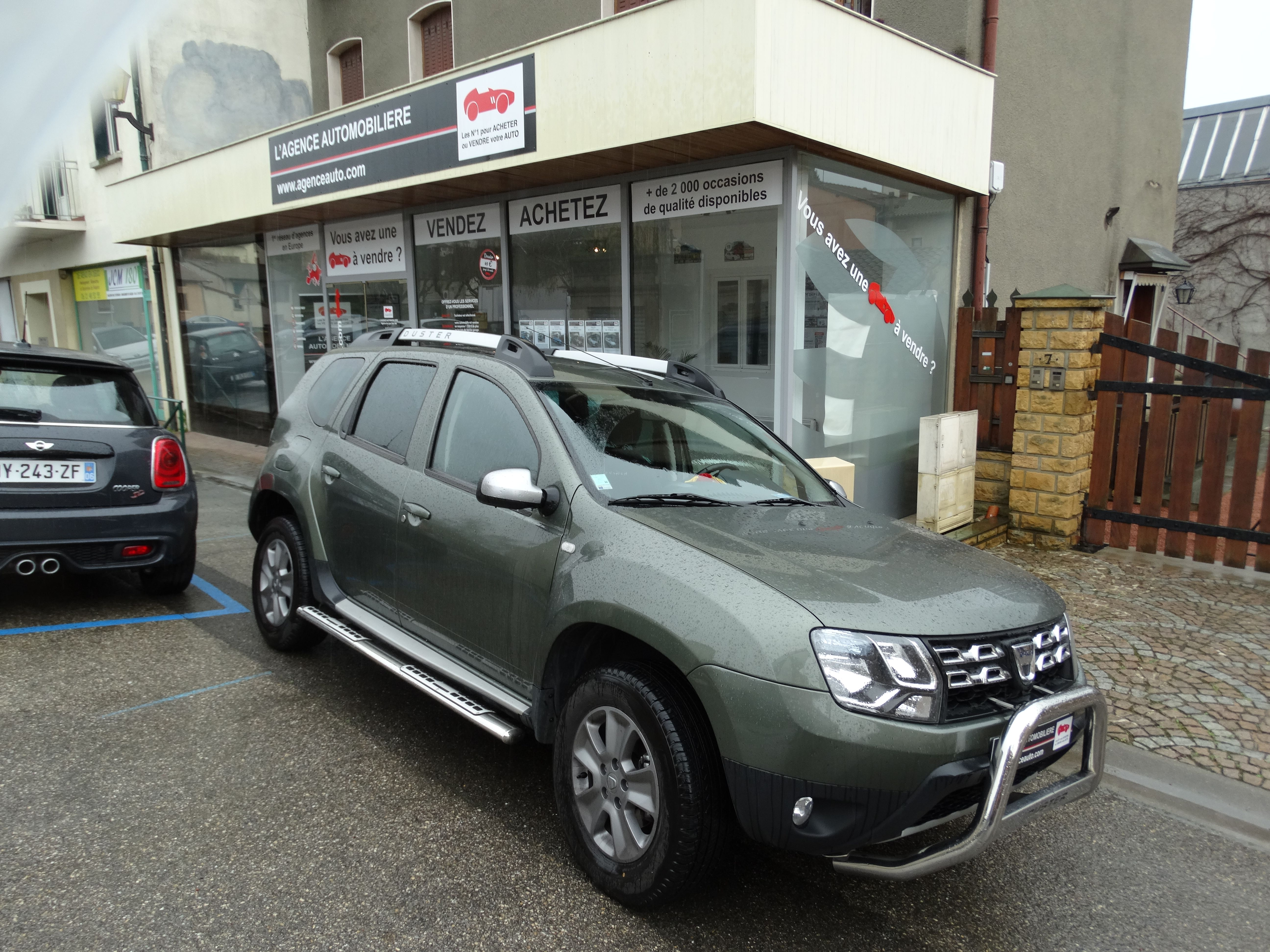 dacia duster 1 5 dci 110 prestige 4x4 occasion lyon sain. Black Bedroom Furniture Sets. Home Design Ideas