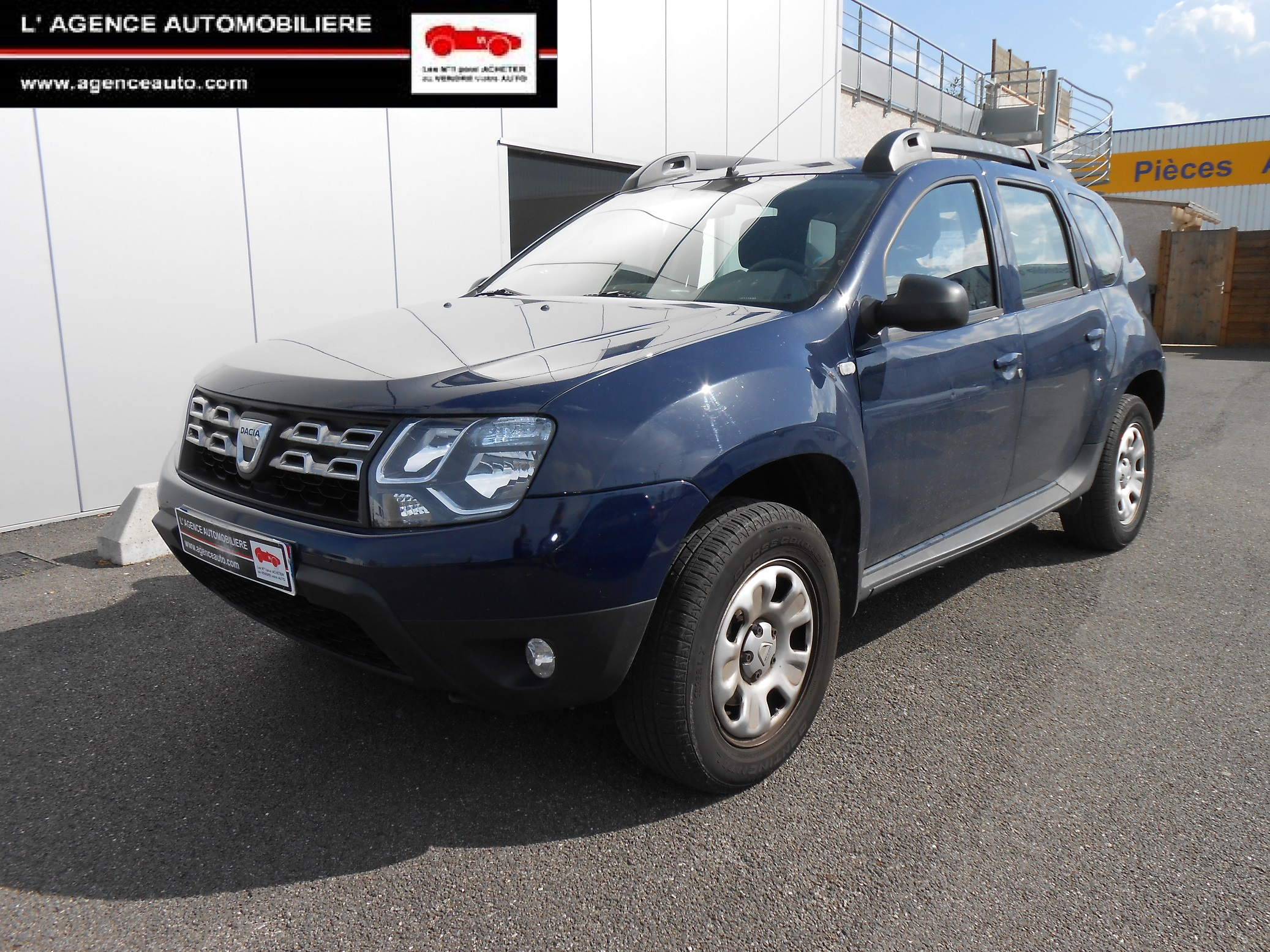 dacia duster 1 5 dci 110 laureate 4x4 utilitaire occasion. Black Bedroom Furniture Sets. Home Design Ideas
