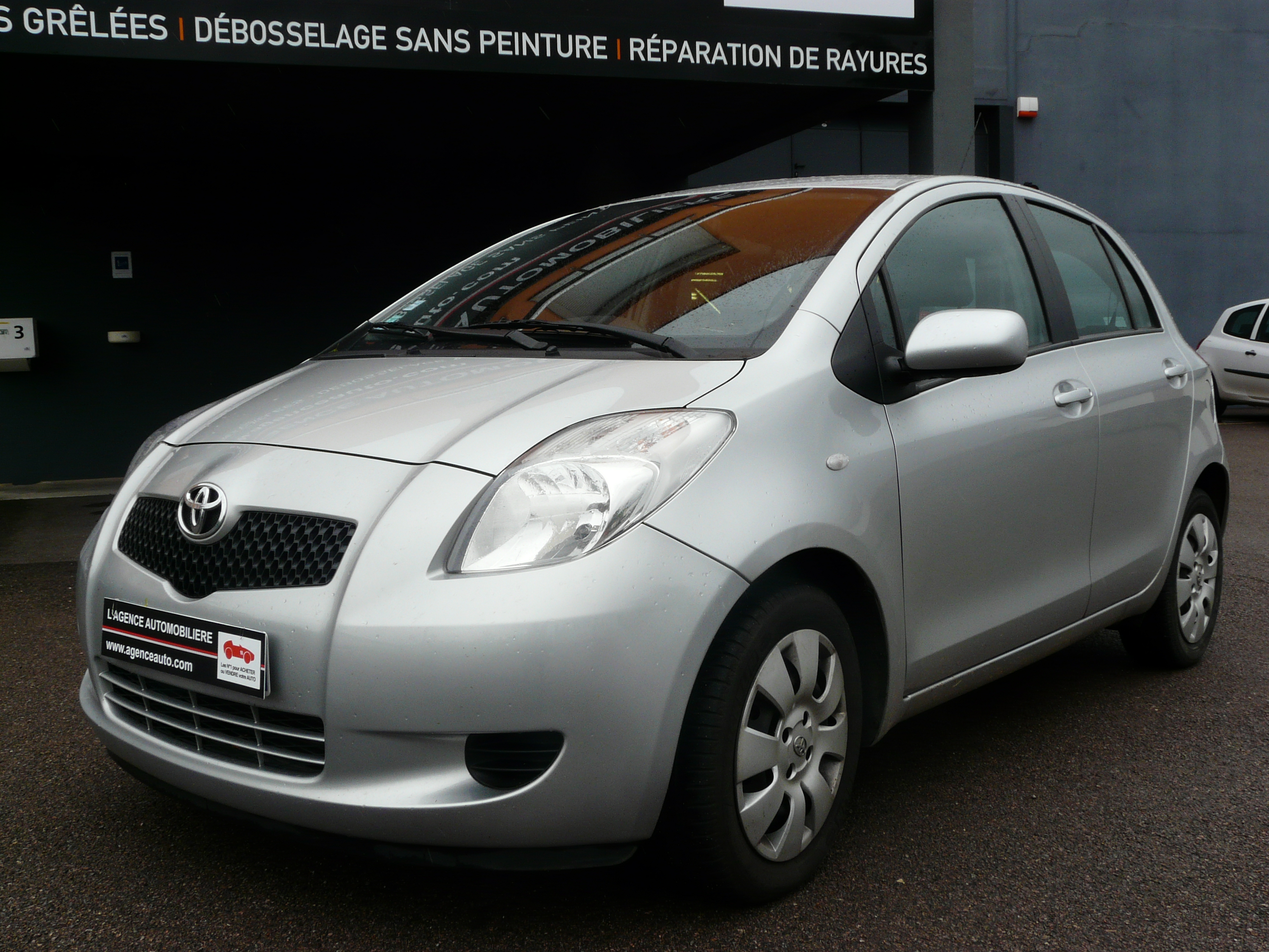 Toyota Yaris 2 13 87cv Occasion Dijon Pas Cher Voiture Occasion