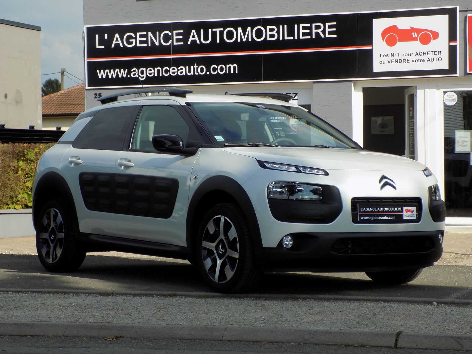 citroen c4 cactus puretech 110 shine edition blanc nacr occasion montbeliard pas cher voiture. Black Bedroom Furniture Sets. Home Design Ideas