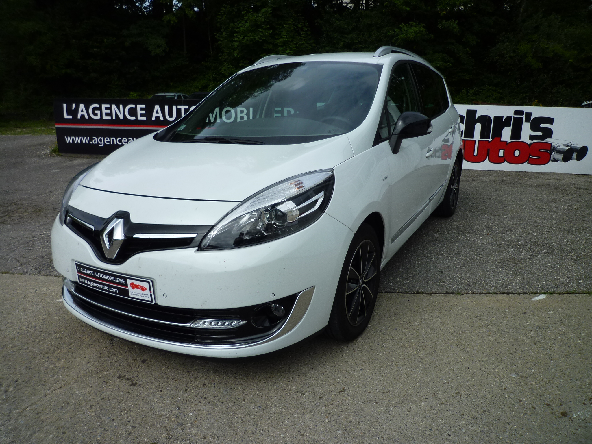 renault scenic energy bose 130 7 places occasion annecy pas cher voiture occasion haute savoie. Black Bedroom Furniture Sets. Home Design Ideas