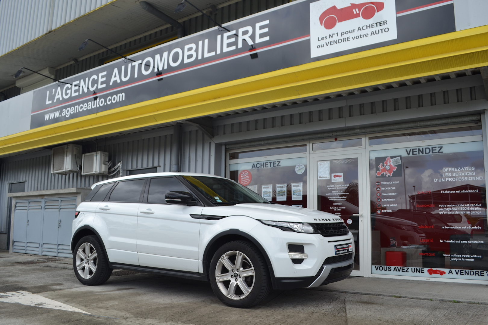 land rover evoque range rover evoque ed4 dynamic occasion guadeloupe pas cher voiture. Black Bedroom Furniture Sets. Home Design Ideas