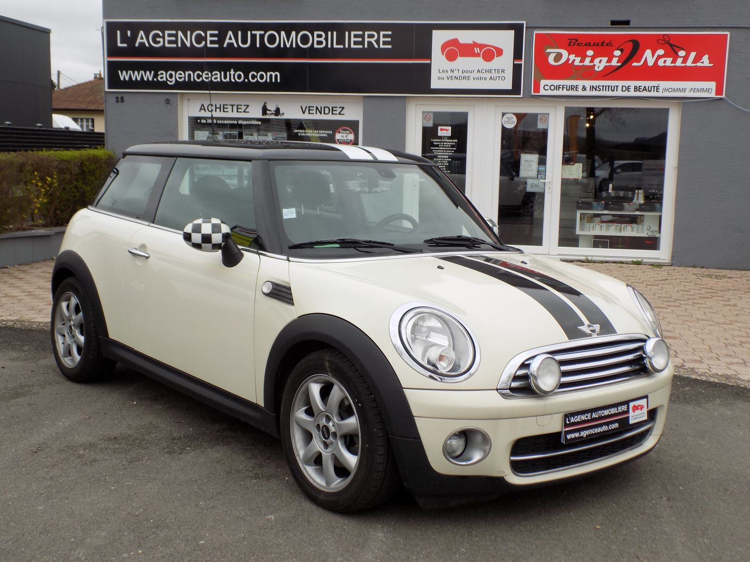 mini cooper pack chili 1 6 110 cv occasion montbeliard pas cher voiture occasion doubs 25400. Black Bedroom Furniture Sets. Home Design Ideas