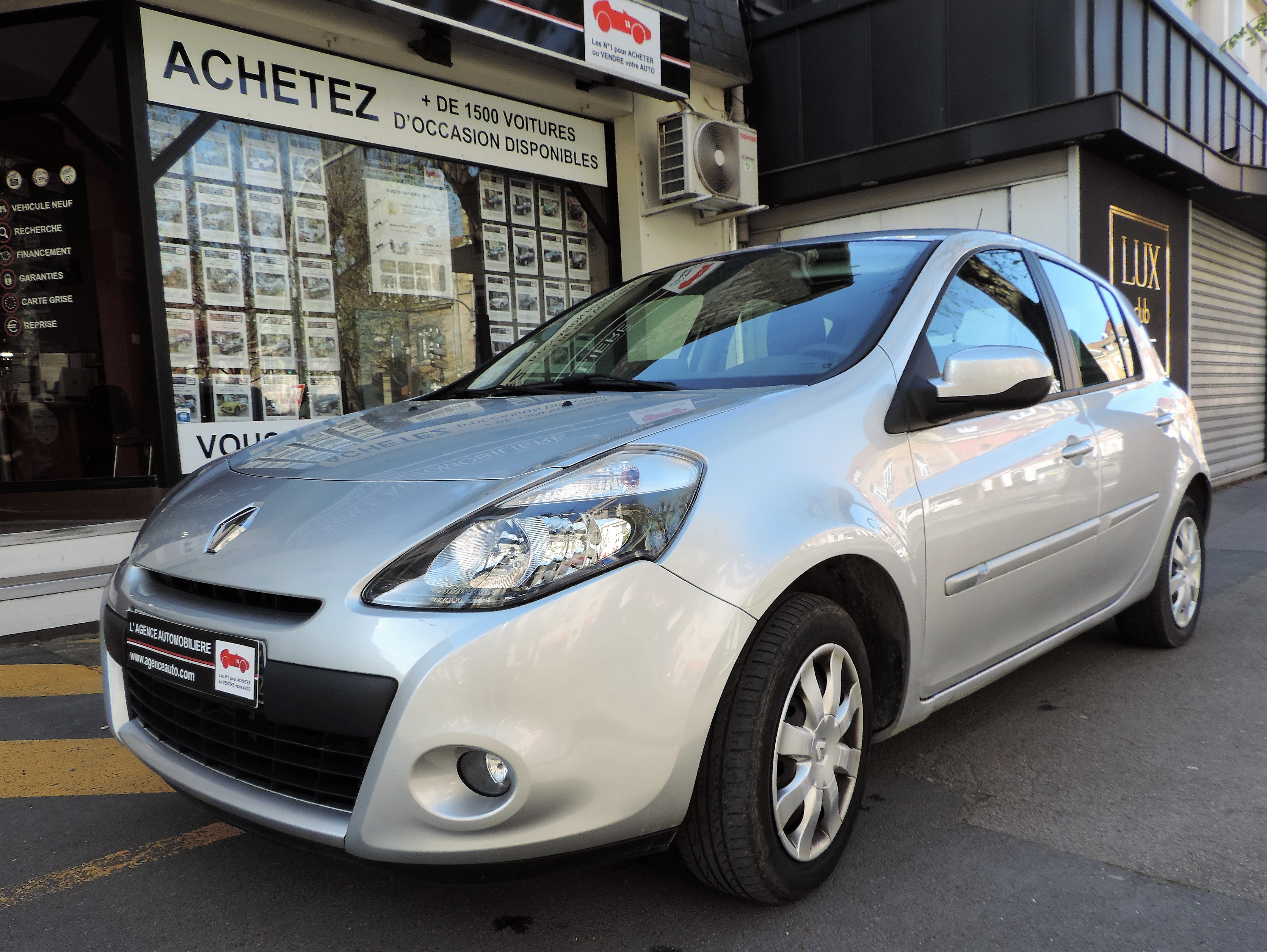 Renault Clio Iii Dci 75 Cv Eco Tomtom Live Occasion Reims