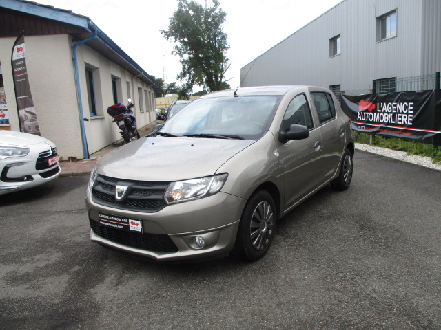 dacia sandero ii 1 2 16v gpl ambiance co 5 portes occasion bordeaux ouest pas cher voiture. Black Bedroom Furniture Sets. Home Design Ideas