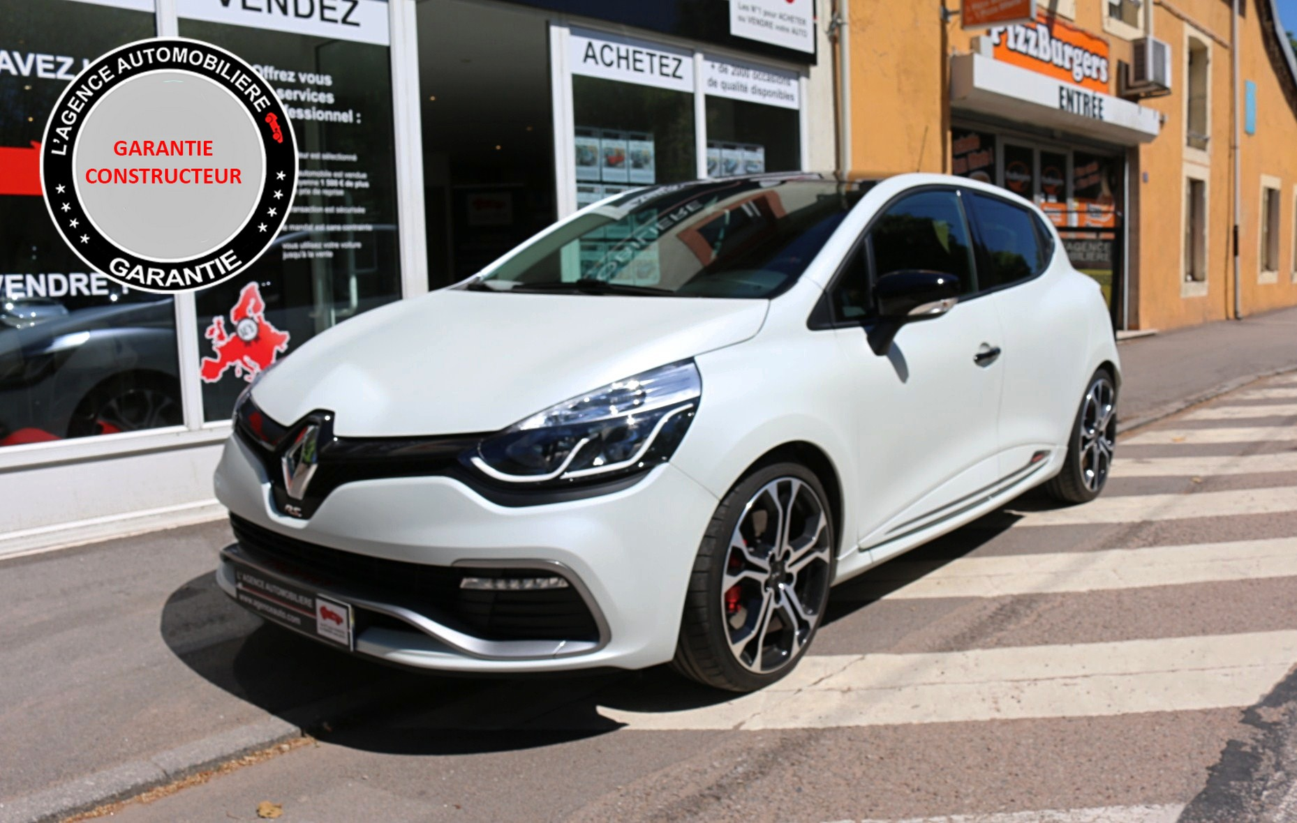 renault clio rs trophy 1 6 turbo 220 edc occasion epinal pas cher voiture occasion vosges 88000. Black Bedroom Furniture Sets. Home Design Ideas