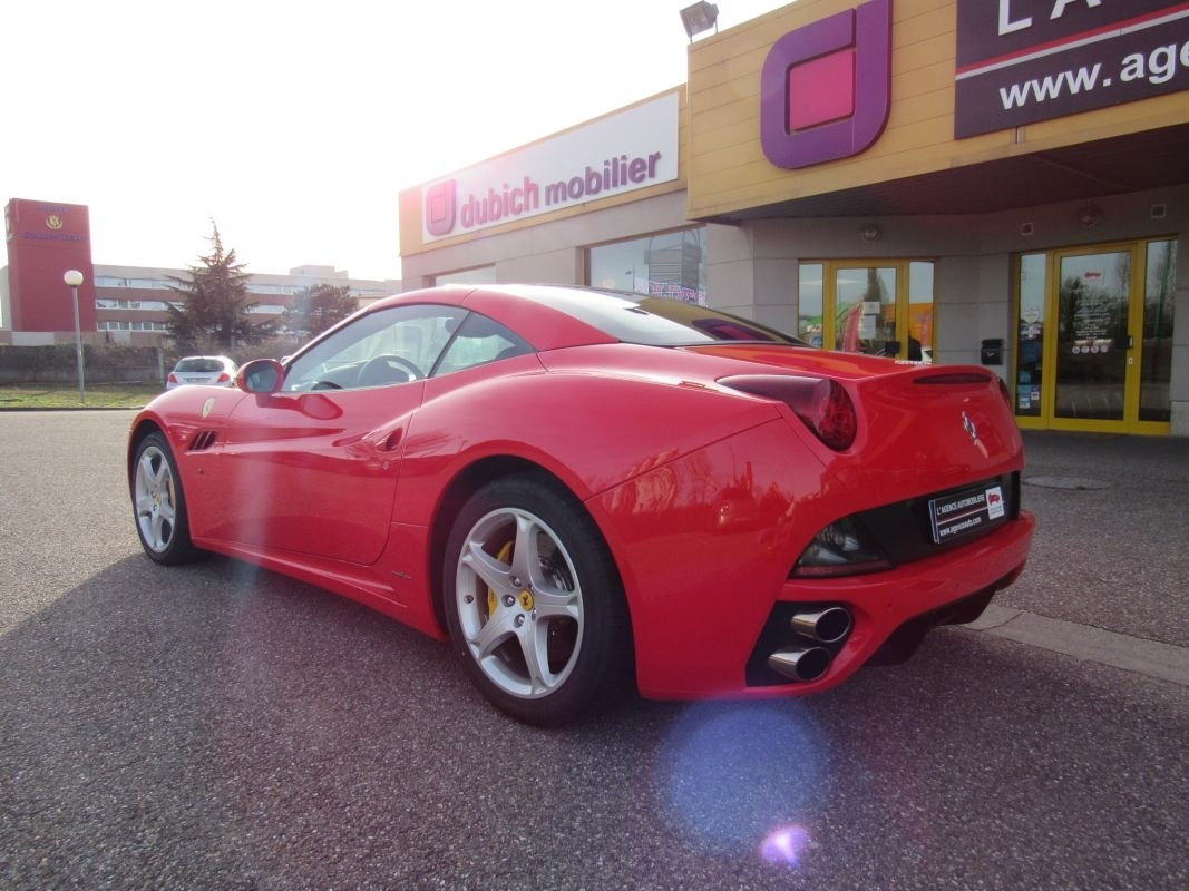 Ferrari California CABRIOLET 4.3 V8 460 BVA7 occasion ...