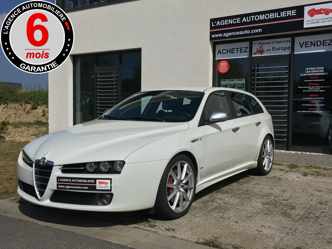 alfa romeo 159 sw 2 4 jtdm 200ch ti qtronic occasion pornic pas cher voiture occasion loire. Black Bedroom Furniture Sets. Home Design Ideas