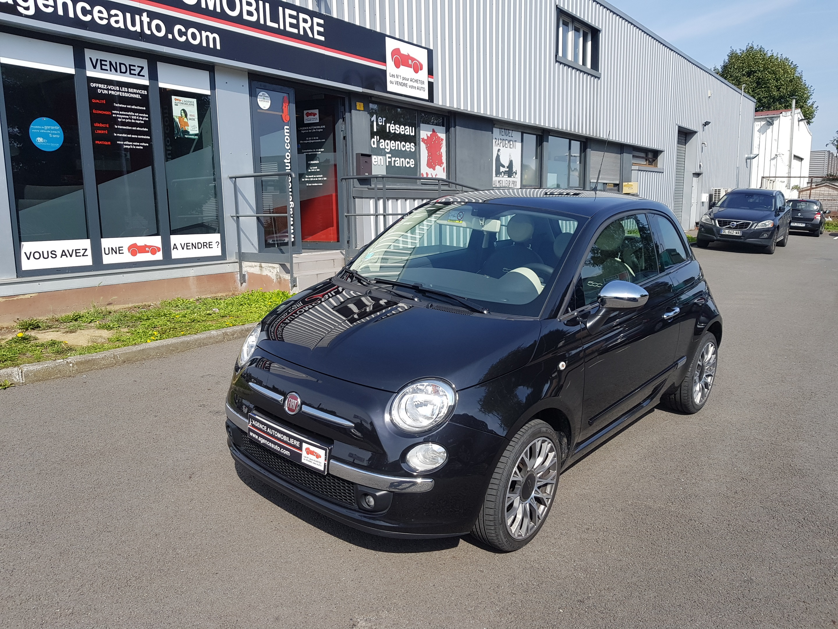 fiat 500 1 2 8v 69ch lounge cuir 1ere main occasion lille englos pas cher voiture occasion nord. Black Bedroom Furniture Sets. Home Design Ideas